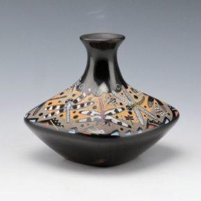 Moquino, Jennifer Tafoya – Jar with Dragonflies and Fish