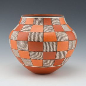 Patricio, Robert – Jar with Checkerboard Rain and Earth Design