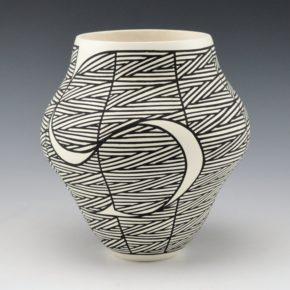 Davis, Titus – Heartline Swirl Jar