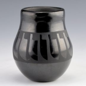 Gutierrez, Helen – Small Feather Jar (1980's)
