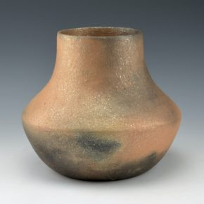 Honyumptewa, Kimberly Riley – Picuris Micaceous Jar