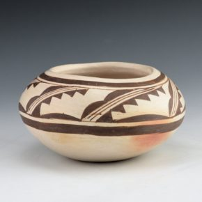 Nampeyo, Nellie – Bowl with Rain and Cloud Design