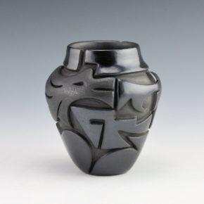 Diaz, Tina – Black Jar with Avanyu