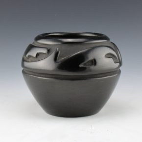 Tafoya, Margaret – Bowl with Mountain and Wind Design (1960's)