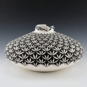 Garcia, Shana – Wide Jar with Yucca Designs and Bird Design Rim