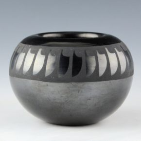 Gonzales, Barbara – Bowl with Feather Design