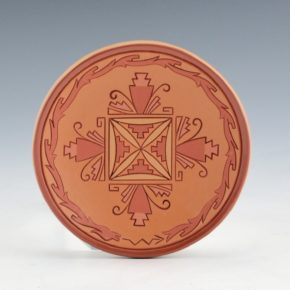 Curran, Dolores – Incised Plate with Dragonflies and Avanyu