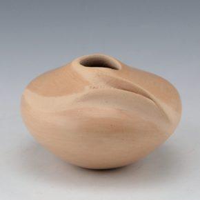 Nampeyo, Iris – Wide Jar with Corn Design