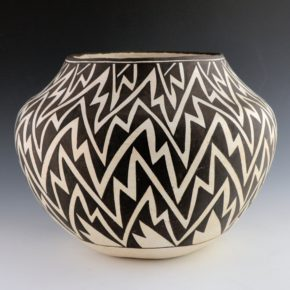 Lewis, Lucy –  Large Jar with Lightning Design (1968)