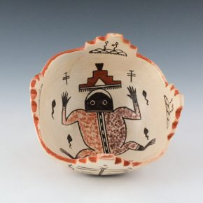 Begaye, Nathan – Kiva Bowl with Frog in Center