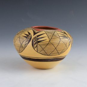 Nampeyo, Adelle L. –  Bowl with Bat Wing Design Bowl