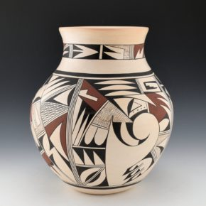 "Navasie, Joy ""Frogwoman"" – Large Water Jar with Birds (1980's)"