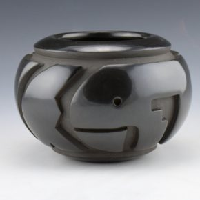 Nichols, Robert Cleto – Black Bowl with Carved Fish Design