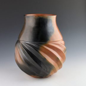 Manymules, Samuel  – Long Neck Jar with Sharp Melon Swirls