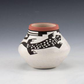 Teller, Stella – Jar with Lizard