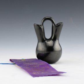 Chavarria, Terry – Wedding Vase with Ribbon (1983)