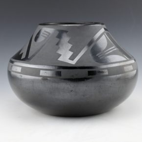 Roybal, Tonita – Jar with Lightning Design (1930's)