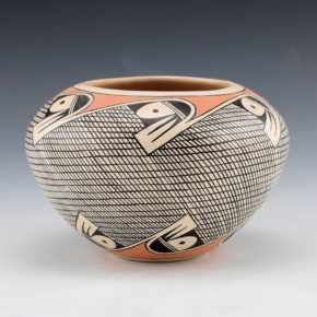 Naha-Black, Tyra – Bowl with Bird Designs