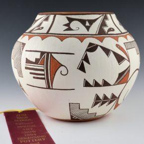 Peynetsa, Ian – Jar with Rain Birds (1994)