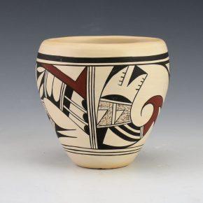 """Navasie, Joy """"Frogwoman"""" – Small Jar with Birds (1980's)"""