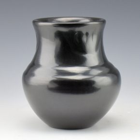 Naranjo, Madeline – Water Jar with Bear Paws (1970's)