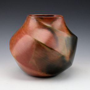 Manymules, Samuel  –  Jar with Wide Faceted Ribs