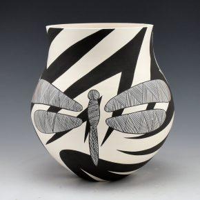 Lewis, Eric & Sharon Lewis – Jar Hummingbird & Dragonfly