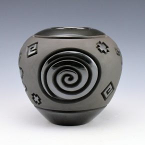 Begay, Jr., Harrison – Bowl with Hand and Eternity Designs
