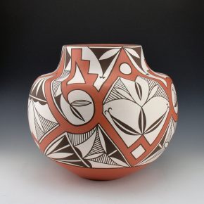 Early, Max – Large Jar with Rain and Mask Design