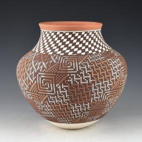 Antonio, Frederica – Water Jar with Four Seasons Designs