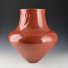 Tafoya, LuAnn – Red Water Jar with Bear Paw