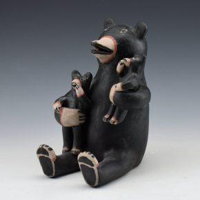 Ortiz, Seferina – Bear Storyteller with 2 Cubs