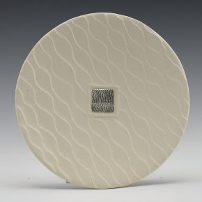 Duwyenie, Preston – White Shifting Sands Plate with Silver Inset
