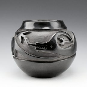 Naranjo, Christina & Teresita Naranjo – Jar with Carved Avanyu (1960's))