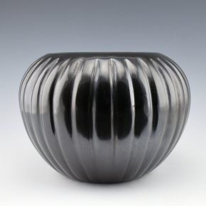 Baca, Angela – Large Melon Bowl with 32 Ribs