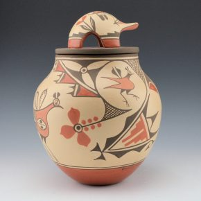 Medina, Elizabeth – Jar with Old Style Birds, Flowers and Lid