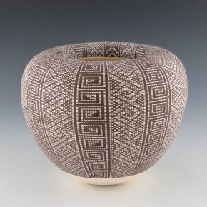 Antonio, Frederica – Bowl with Inward Turned Lip and Alternating Designs
