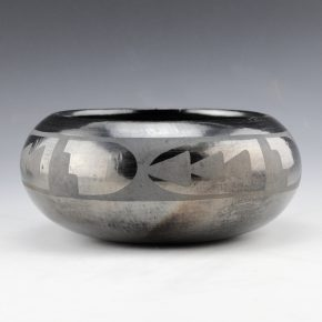 "Martinez, Maria – Bowl with Mesa & Prayer Feather Design ""Marie + Julian"" (1920's)"
