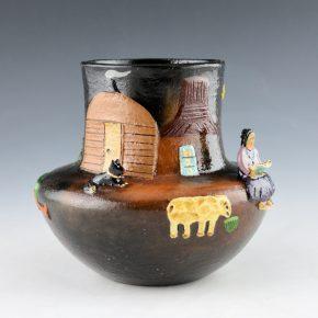 Manygoats, Elizabeth – Jar with Navajo Scene