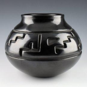 Tafoya, Margaret – Wide Jar with Mesa & Rain Designs (1970's)