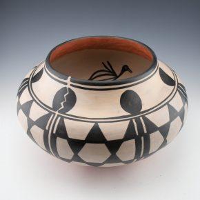 Tenorio, Robert  – 13″ Large Jar with 7 Tewa Birds
