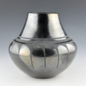 Roybal, Tonita – Jar with Reverse Feather Design (1920's)