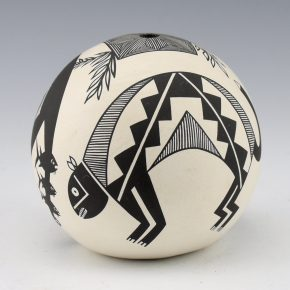 Natseway, Charmae –  Seedpot with Bird, Mountain Lion & Antelope (1980)