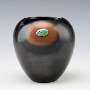 Tse-Pe, Dora – Black & Sieanna Jar with Turquoise (1991)