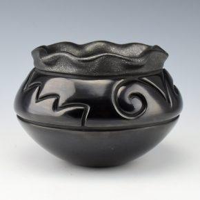 Tafoya-Sanchez, Linda – Jar with Cloud and Mesa Designs