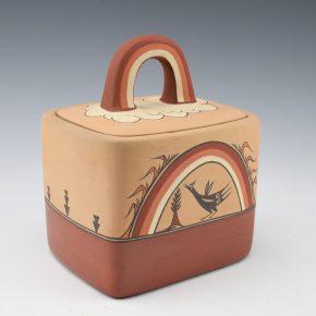 Toya, Maxine – Box with Rainbow Lid and Birds