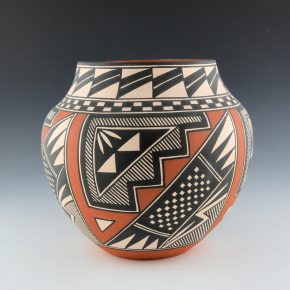Chino, Emil – Jar with Rain and Snow Patterns