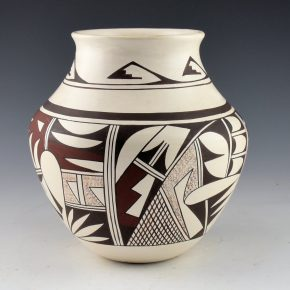 "Navasie, Joy ""Frogwoman"" – Jar with Birds and Bird Wing Neck (1980's"