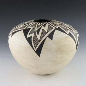 Lewis, Lucy – Large Seedpot with Star Design (1970's)