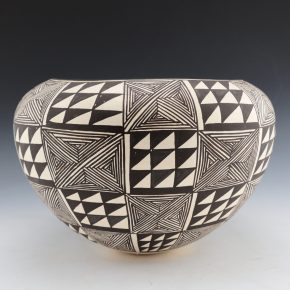 Lewis, Lucy – Bowl with Fineline Star and Mountain Designs (1970's)